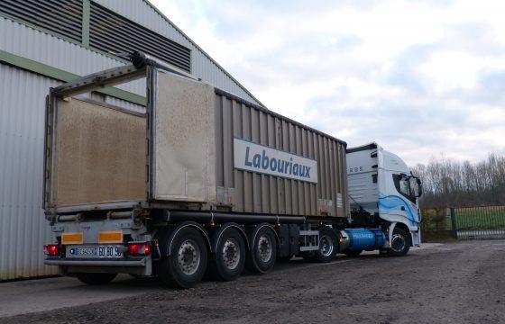 benne + tracteur GNL usine 2